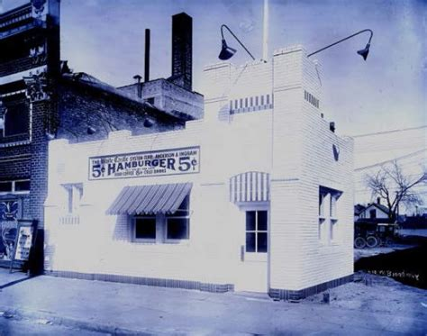 oldest white castle in minneapolis remains standing for
