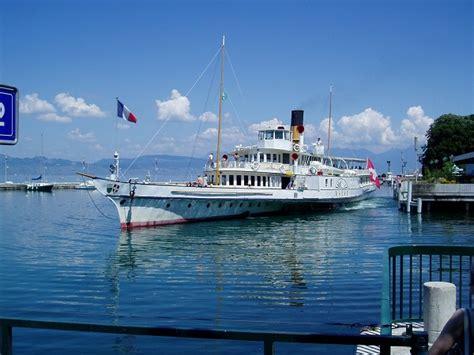 lake geneva boat cruise visiting geneva switzerland travelvivi