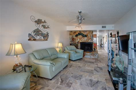 travertine living room silver travertine tiles eclectic living room ta