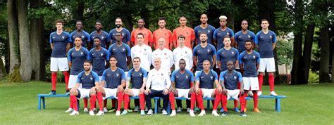 Foot : l'équipe de France dévoile sa photo officielle pour ... L Equipe Foot