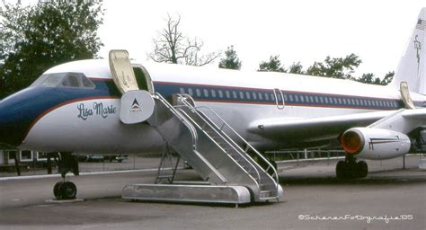 elvis presley plane panoramio photo of elvis presley s convair 880 jet