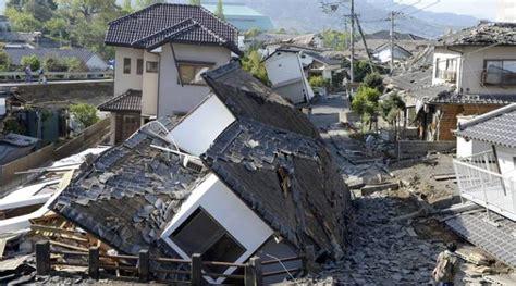 earthquake house japan earthquakes kill at least 39 rescue operations