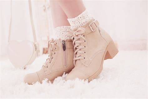 shoes boots boots lace lace