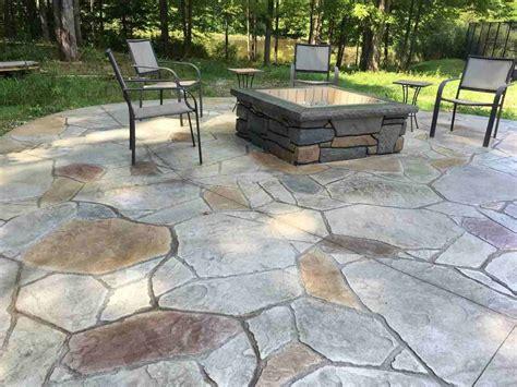 simple backyard sted concrete patio ideas