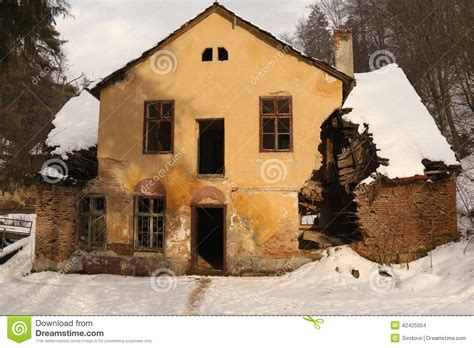 house falling apart ruined period house falling apart stock photo image 42425054