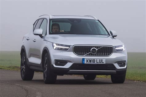 Volvo 2019 Xc40 Review by New Volvo Xc40 T4 2019 Review Auto Express