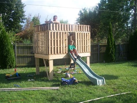 pallet swing set pallet clubhouse yes swing set ideas pinterest