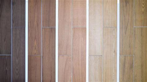 piastrelle effetto parquet prezzi gres effetto legno tutte le tipologie nel negozio di