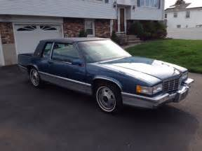 1992 cadillac base coupe 2 door 4 9l