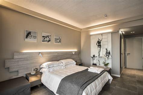 service design foto hotel completato a pesaro l hotel in legno pi 249 alto d europa