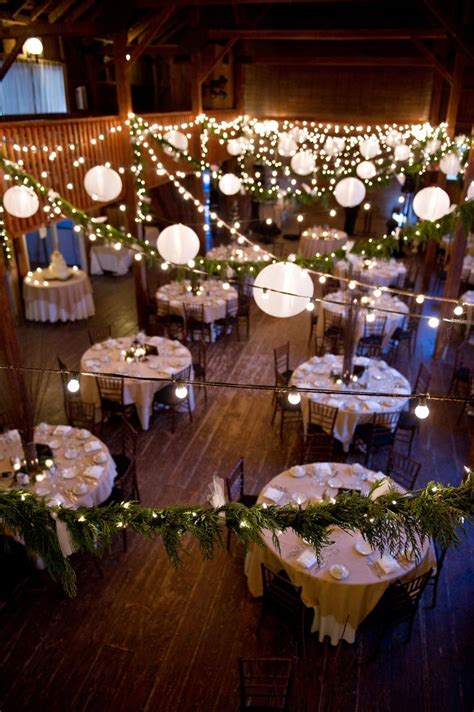 rustic diy barn wedding www aclovesweddings www amychagne paper lanterns