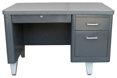 Small Tanker Desk Vintage Metal Single Pedestal Tanker Desk 900 Est Retail 300 On Chairish