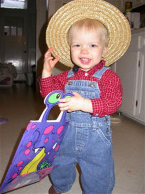 what rhymes with boats and hoes homemade farmer costume