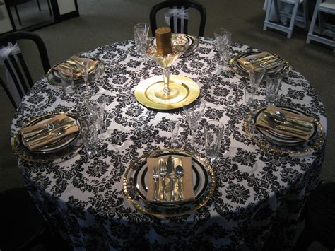 Black And Gold Table Decorations by Black And Gold Centerpieces Black White And Gold Linen