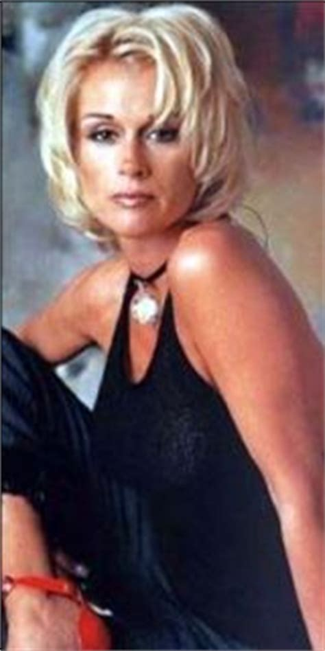 lorrie morgan haircuts lorrie morgan lorrie morgan bio biography lorrie