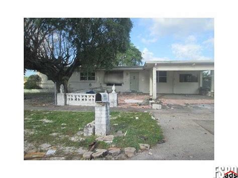 house for sale in lauderhill 7141 nw 48th ct lauderhill fl 33319 for sale 4 bedroom homes for sale in lauderhill
