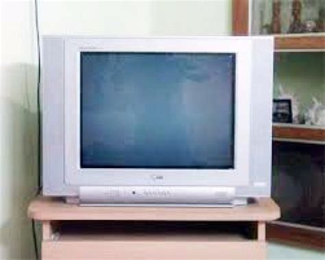 Tv Lg Flatron 21 Inch Baru 21 inch lg flatron tv for sale at malappuram