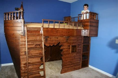 Pirate Ship Bed W Cannon Blast Cool Pirate Jake Room Pirate Ship Bed