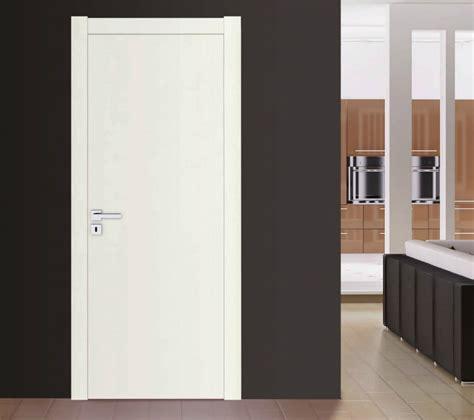 porte laccate bianche prezzi porte interne laccate bianche prezzi idea creativa della