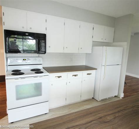 how to install new countertops on cabinets the happy