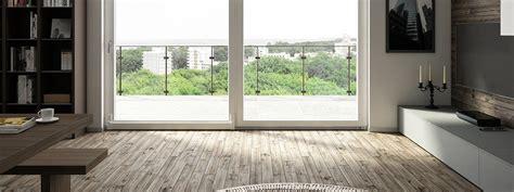 valutare appartamento grandi finestre caratteristiche da valutare cose di casa