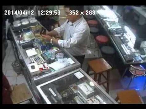 Lcd Iphone 5 Di Itc Fatmawati pencuri handphone dekat kedai handphone kesian kedai p doovi