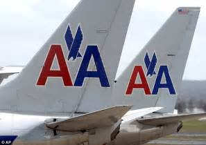 american airlines flight forced to return to gate after american airlines flight from dallas makes emergency