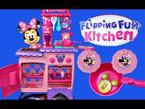 Minnie Mouse Flipping Kitchen by Minnie Mouse Kitchen Playset Flipping Kitchen Cupcakes