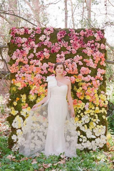 flower wall kim kardashian wedding wedding flower trend flower wall for your wedding day