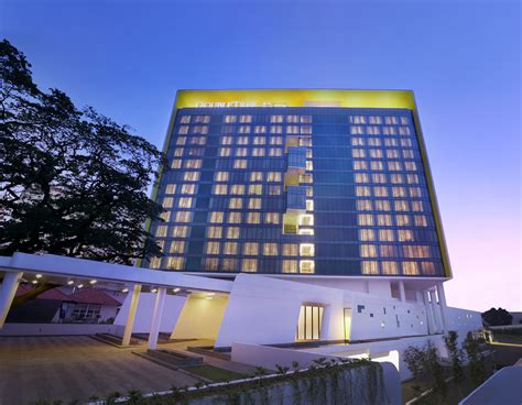 Exterior Modern Hotel Loversiq Hilton Worldwide Launches Doubletree By Brand In Indonesia The