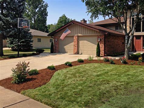 front yard driveway landscape design for elk grove landscaping and hardscaping