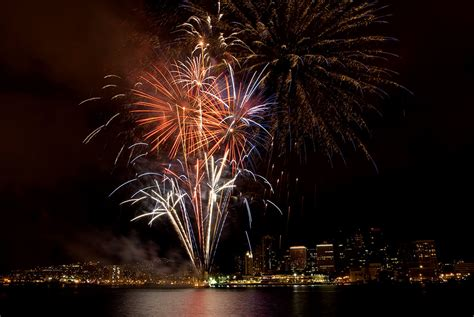 new year celebration honolulu the best new year s fireworks events in