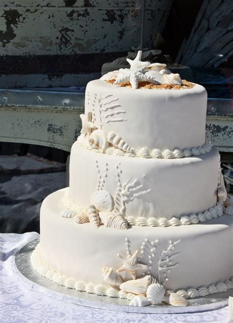 Affordable Wedding Cakes by Wedding Cakes 2015 99 Wedding Ideas