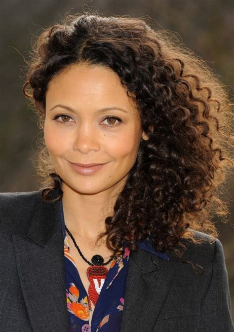 newton hairstyles thandie newton trendy side parted curly haircut for medium