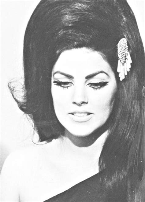 priscilla presley hairstyles her hair we and best hair on pinterest