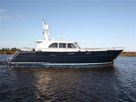 valk yachtbrokers loosdrecht de valk central agent voor sturier 675 oc jachtmakelaar