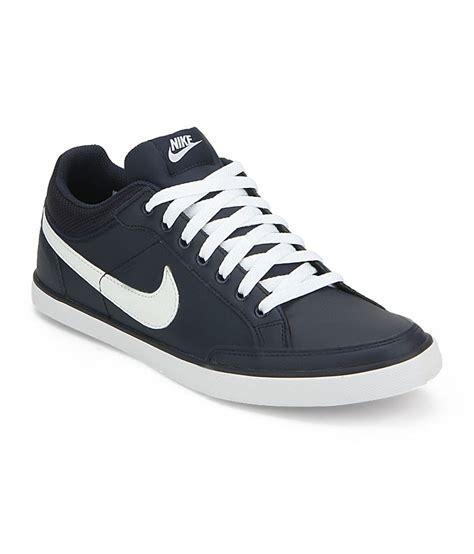 trendy sneakers nike navy leather trendy sneakers price in india buy nike