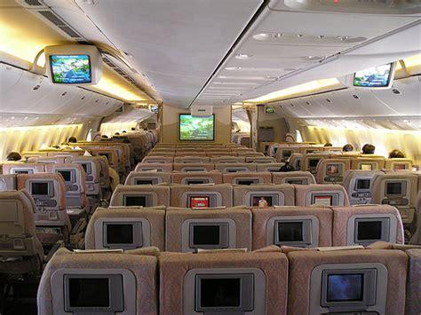 voli interni australia united airlines boeing 777 interior economy class