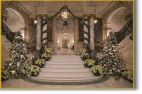 Home Decorators Christmas Trees by Newport Mansions Christmas Time Staircase