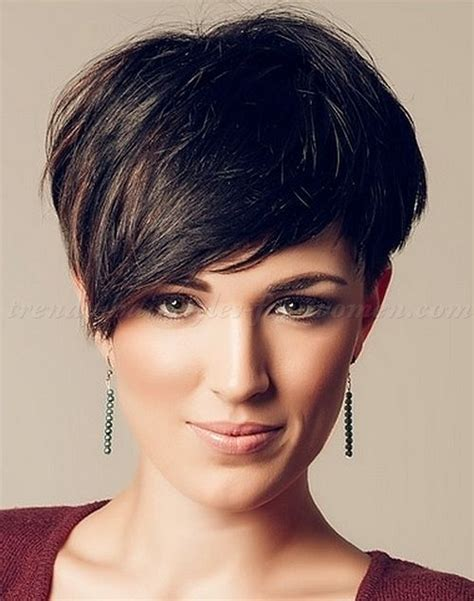 17 best ideas about short hairstyles with bangs on 17 trendy short haircuts for women 2017 page 7 of 17