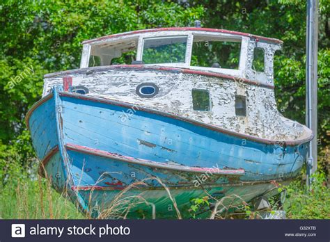 stern on boat stern on wooden boat stock photos stern on wooden boat