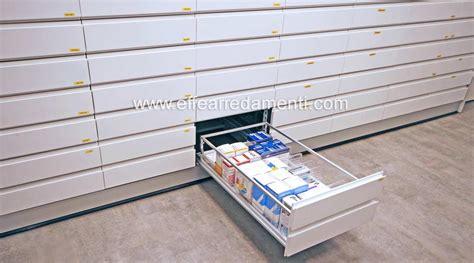 cassettiere farmacia arredamento negozio bologna farmacia effe arredamenti
