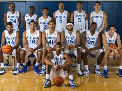 uk basketball schedule march madness kentucky enters march madness as a big favorite