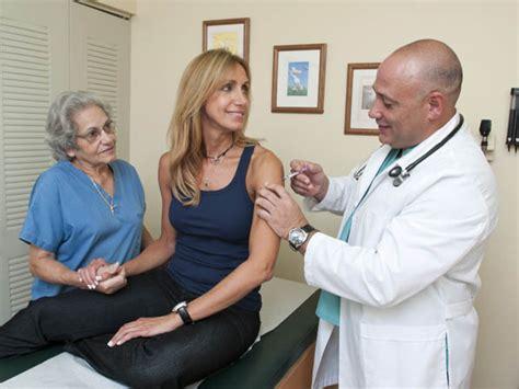 lili estefan biograf a videos fotos y noticias univision prot 233 gete contra la influenza como lili estefan