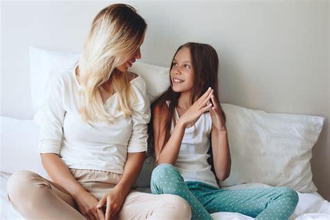 libro talking to my daughter bullismo sexting smartphone e sessualit 224 i consigli di alberto pellai per tutti i genitori