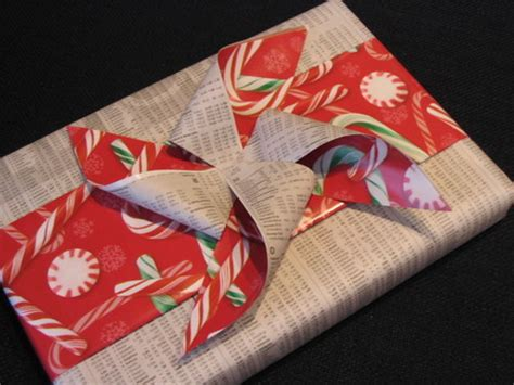 Bows Out Of Wrapping Paper - wrapping paper and bow conservation 187 curbly diy design