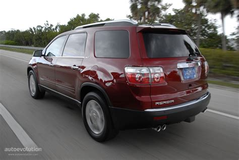 how to learn about cars 2007 gmc acadia windshield wipe control gmc acadia specs 2007 2008 2009 2010 2011 2012 autoevolution