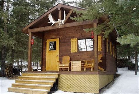 Small Houses With A Small Bunkie Bc Canada Bavarian Cottages Bar 5c Micro Cabin In Bragg Creek