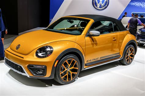 volkswagen bug 2016 2016 volkswagen beetle dune first drive review