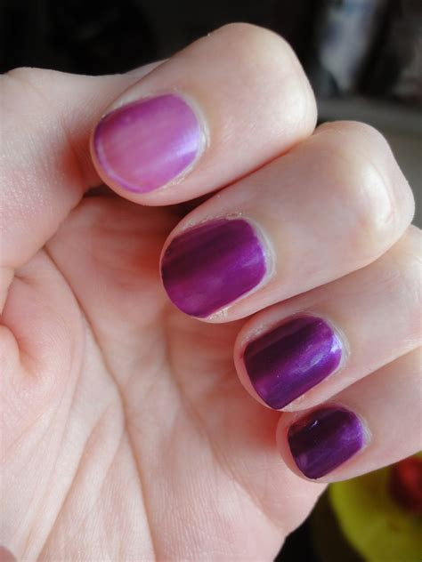 Beau No 1 Violet beau flutterby no7 stay nail review
